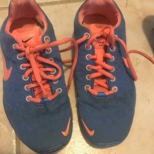 Nike Free 5.0 size 6 blue and peach