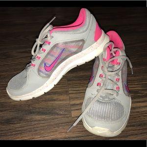 Nike Grey Sneakers