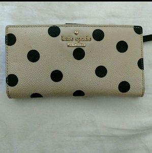 Used Kate Spade polka dots wallet