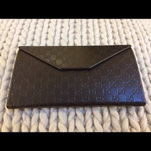 NEW GUCCI Sunglass Case / Billfold 100% Authentic