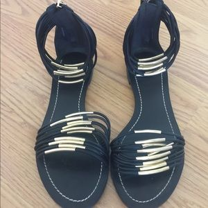 Toryburch sandals size 6