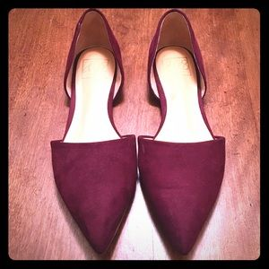 Dolce Vita Dark Berry colored pointed toe flats!