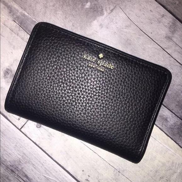 40d62aad043c2 kate spade Accessories - Kate spade black wallet Tellie Chester street New