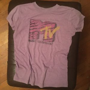 MTV T-shirt with 80s/90s logo