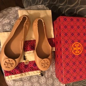 Tory Burch minnie travel ballet with logo shoes