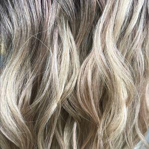 Ombré ash blonde
