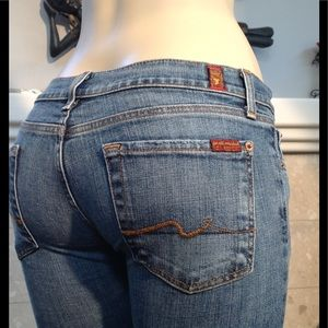 7 For All Mankind Size 26 Jeans Cropped (826)