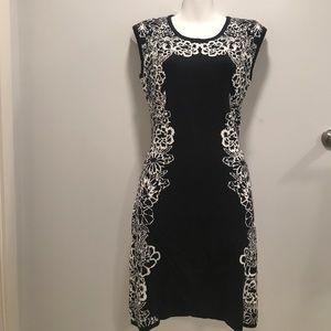 Blk/Wht Slvlss Swtr Dress- Isaac Mizrahi Live NWOT
