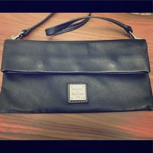 GUC Dooney & Bourke Leather Clutch