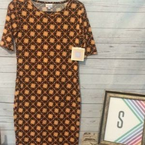 Small Julia by Lularoe NWT