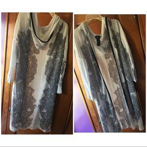 Sweaters - Log white cardigan
