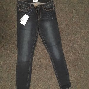 Paige Verdugo Ultra Skinny Pacifica jeans