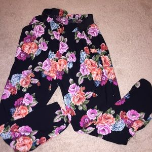 Floral trouser size small