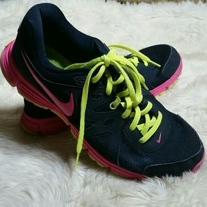 Nike Revolution 2 Shoes Womens Size 10 Pink
