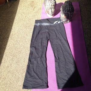 Lulu lemon size 12 exercise pants.