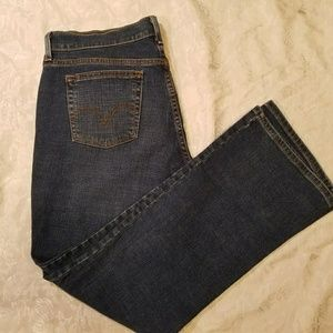 LEVI boot cut like new jeans