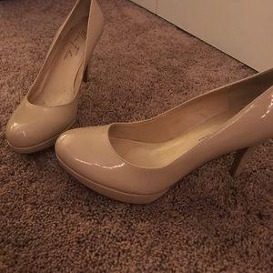 Marc fisher nude platform heels