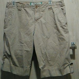 Old Navy khakis button cuffed shorts