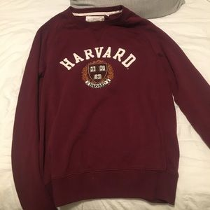 Harvard Crew Neck sweater
