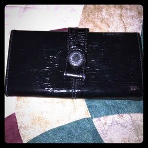 Patent Wallet Kenneth Cole