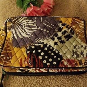 Makeup case large.  Pattern Painted Feathers