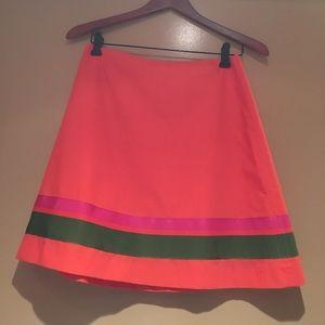 Adorable skirt flat front back zipper size 4