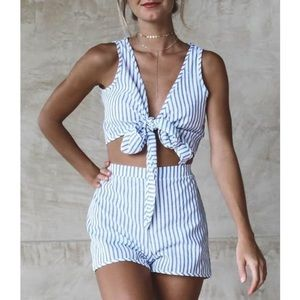 NWOT STRIPES BLUE & WHITE CROP TOP TWO PIECE SETS