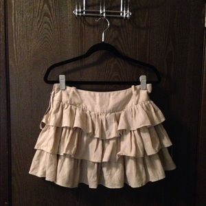 Tiered cream colored skirt