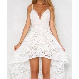 NWOT SWALLOWTAIL HIGH LOW WHITE LACE DRESS