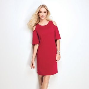 Modern Open-Shoulder Dress in Misses