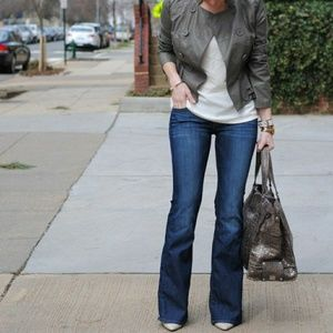 LIZ STRETCH RELAXED FIT JEANS  Med Wash