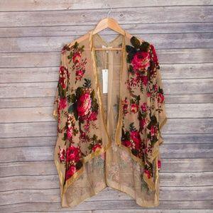 NWT Woven Heart Kimono with Velvet Roses
