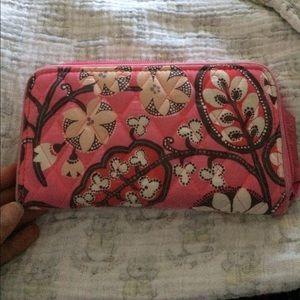 Blush pink accordian vera wallet