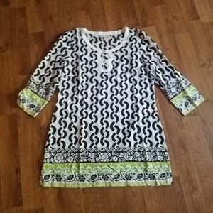 Becky & Max Black White Tunic Top Size 10