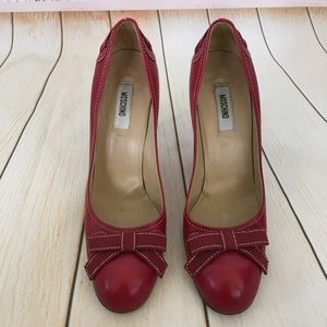 Moschino vintage red leather bow heels sz 40
