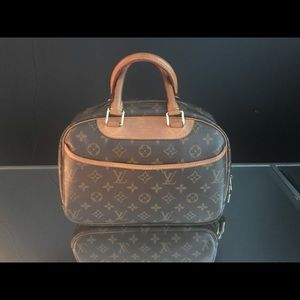 Vintage DISCONTINUED one of a kind Louis Vuitton