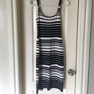 MIDI black and white stripped bodycon dress.