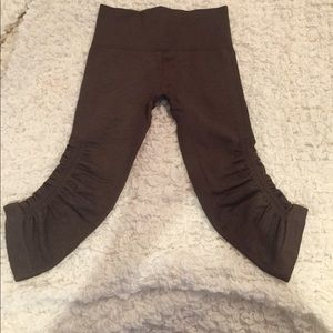 Lululemon Flow and Go Crop Tights, size 4