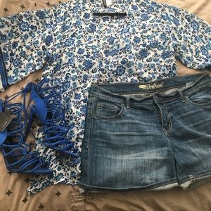 H&M Blue Flower Duster Size Small