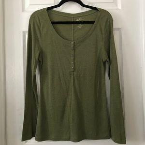 OLD NAVY Olive Green Long Sleeve Tee