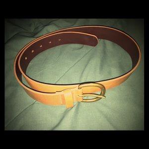 "Gap tan leather belt large 32""-38"""