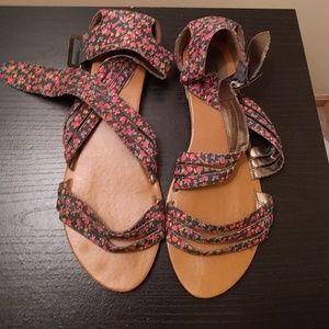Cute buckle sandals