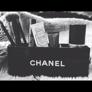 "Chanel 7""-3""-2"" Chanel organizer"