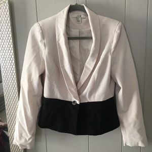 Gorgeous Black and White Color Block Jacket