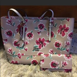 Guess Rose Sailboat Tote With Wallet