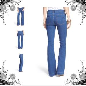 {Free People} NWOT Stretch Flare Jeans