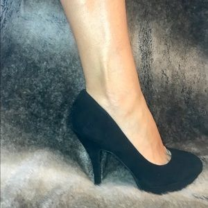 Bamboo Platform Black Pumps
