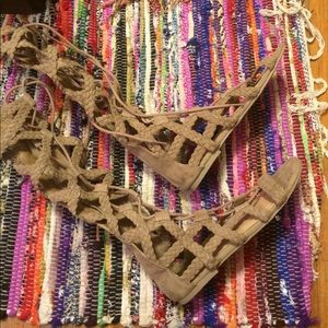 *$5 SALE item*  Mossimo Gladiator lace up sandals