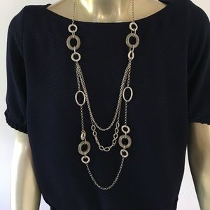 Jewelry - Silver three strand necklace