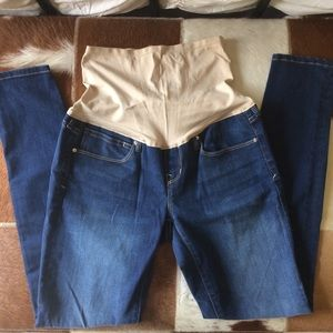 GAP maternity jeans!